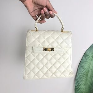 Vintage BLOOMINGDALES Ivory Quilted Small Purse